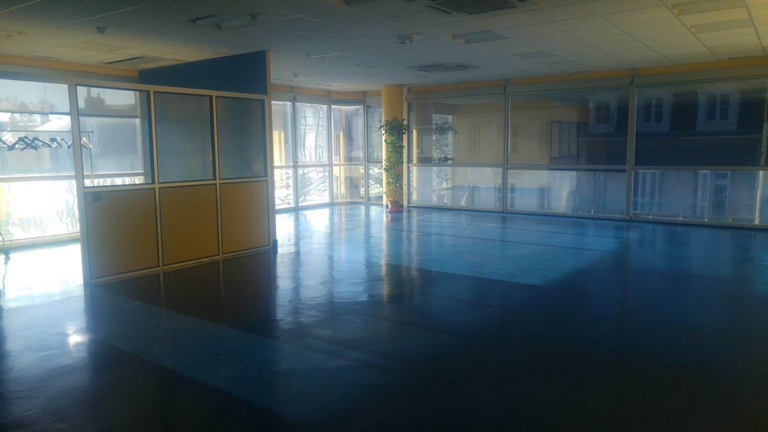 salle de yoga tours centre association se relier a la source